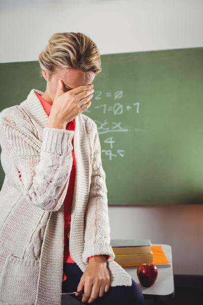 Olycklig lärare